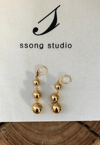 Three goldball earring