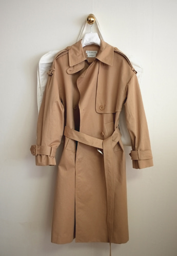 Vetements Trench Coat